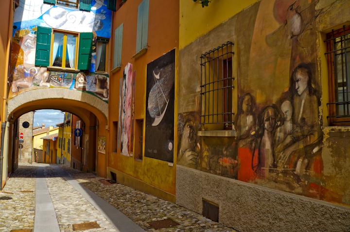 Engine Shops Near Me >> Mural Art in Dozza, near Bologna in Italy - nomadbiba