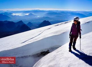 Climbing the Villarica volcano