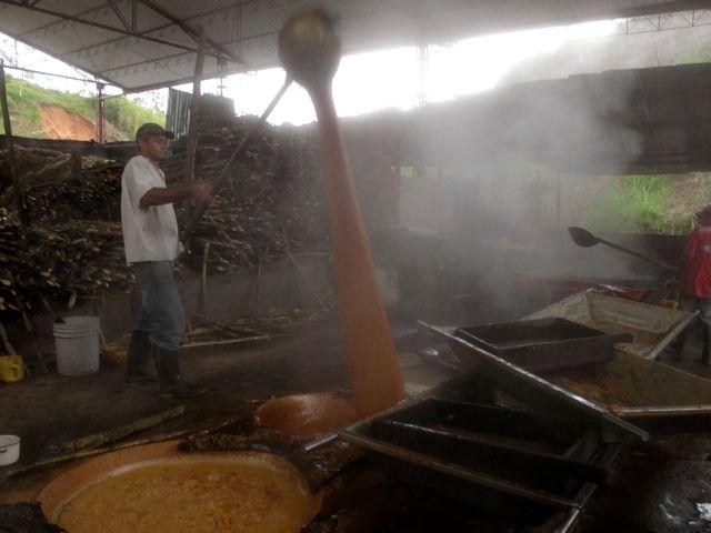 Making panela