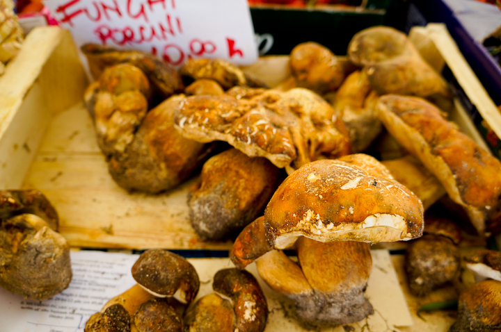 What to do in Rome: Food Tour by Walks of Italy
