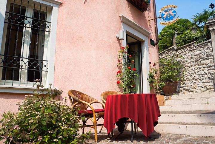 Entrance to the Locanda Agli Angeli in Gardone Riviera (Brescia), Italy