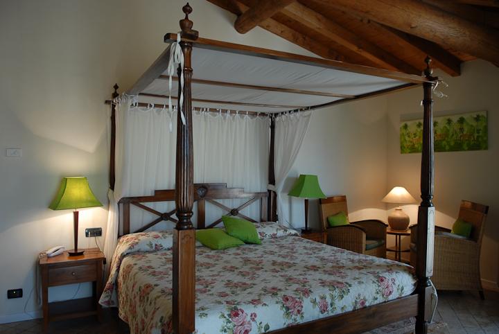 Room at Locanda Agli Angeli in Gardone Riviera, Brescia (Italy)