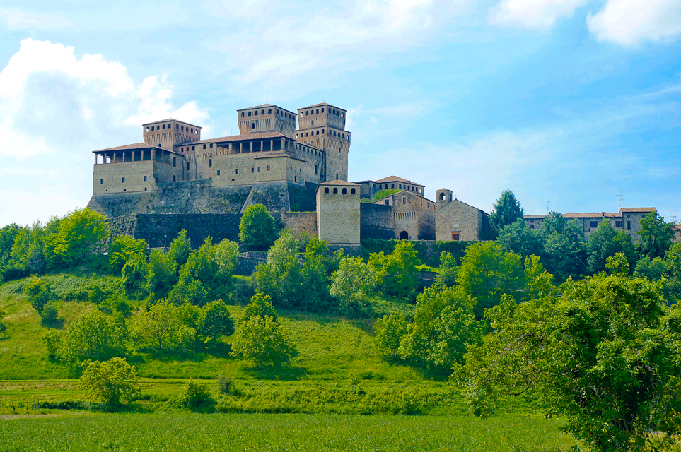 Parma – Cycling to the Castle of Torrechiara