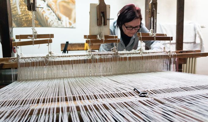 Traditional Weaving at Tela Umbra Laboratory in Italy