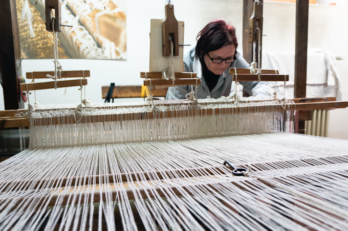 Traditional Weaving at Tela Umbra Laboratory