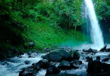 La Fortuna waterfall near Arenal volcano in Costa Rica