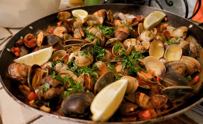 La cena está lista en The Olive Branch, España