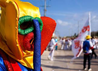 Marimonda at Batalla de Flores 2013