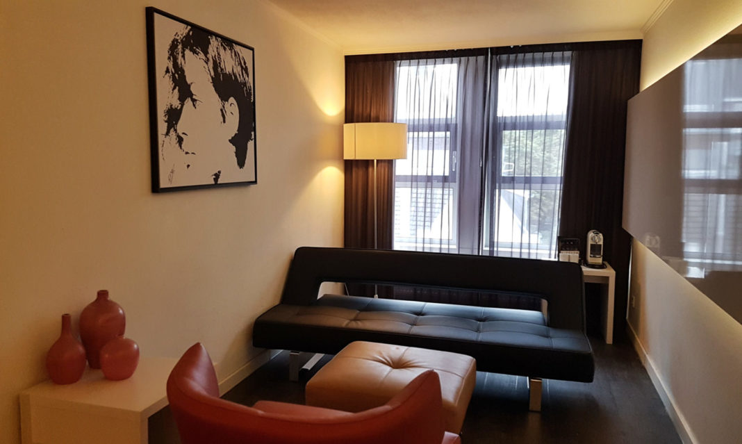 Guest room at the Albus Hotel in Amsterdam