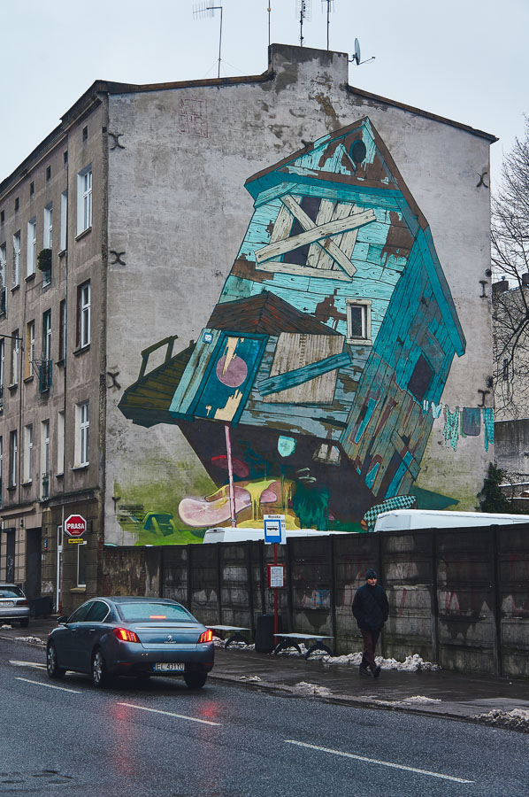 Traphouse mural by Etam Cru in Lodz, Poland